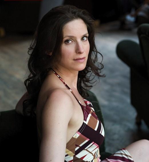 Birgit Stauber as Jessi
